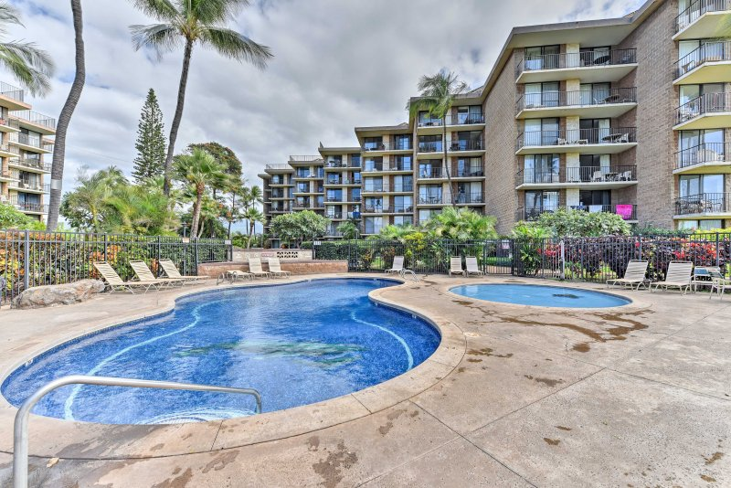 Your tropical Hawaiian escape begins at this Kihei vacation rental condo!