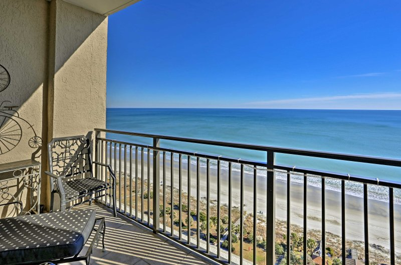 Discover paradise at this 2-bed, 2.5 bath Myrtle Beach penthouse!