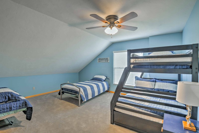 Kids can have their own space in the fifth bedroom.