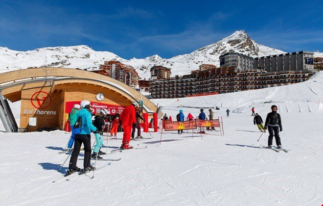 There are pistes for every level of skier.