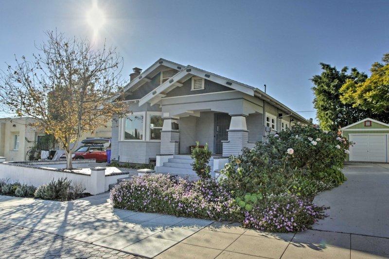 Dieses Haus befindet sich in der Nähe von mehreren guten Restaurants und dem San Diego Zoo!