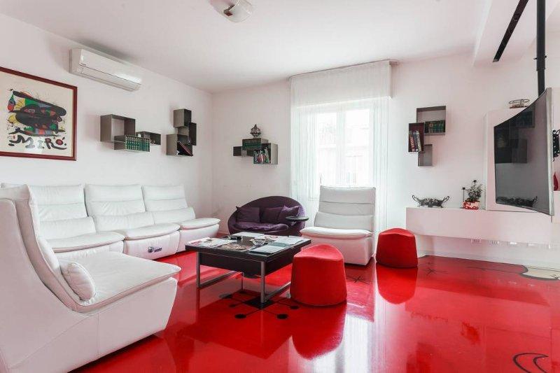 Duplex penthouse with magnificent detail close-up view