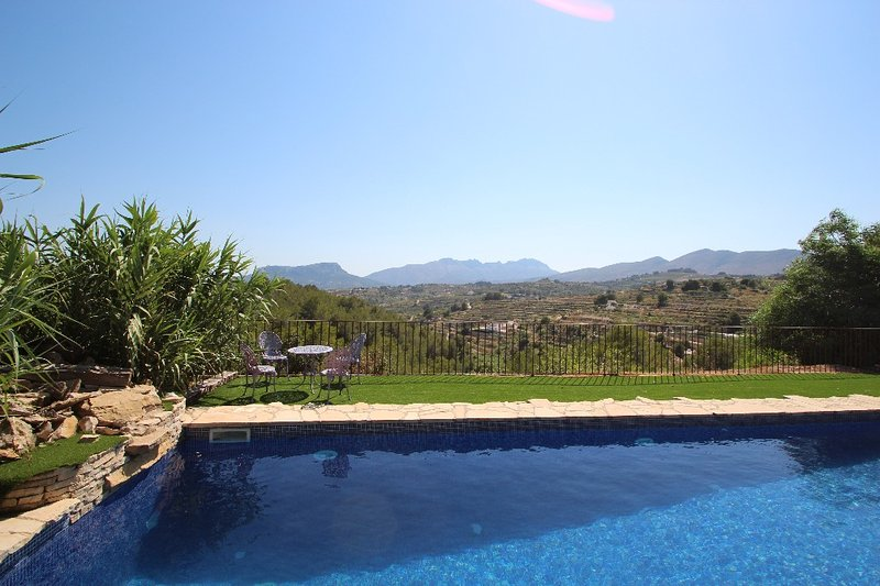 Rocasol - rustic finca for nature lovers in Benissa, holiday rental in Canor