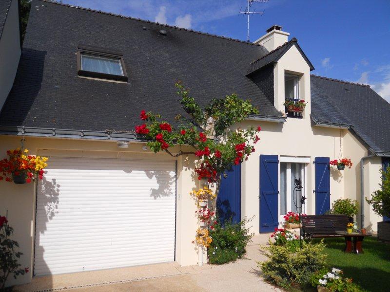 Location à ARRADON, golfe du Morbihan, à 400 m des sentiers côtiers, location de vacances à Arradon
