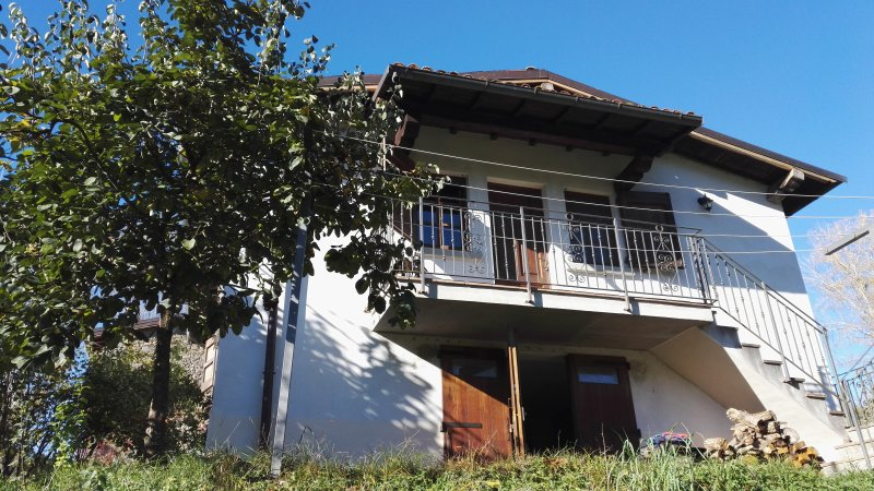 CP - Independent Double bed room, holiday rental in Castiglione di Garfagnana