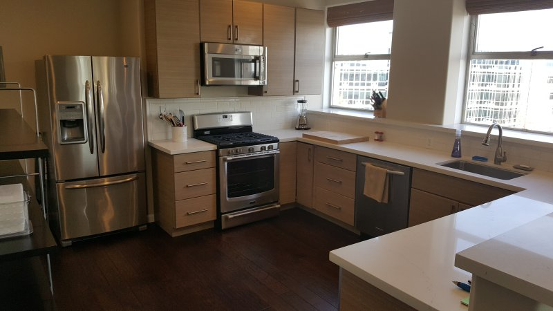 Gorgeous apartment, in downton Oakland, near Summit Medical, tremendous view, holiday rental in Piedmont