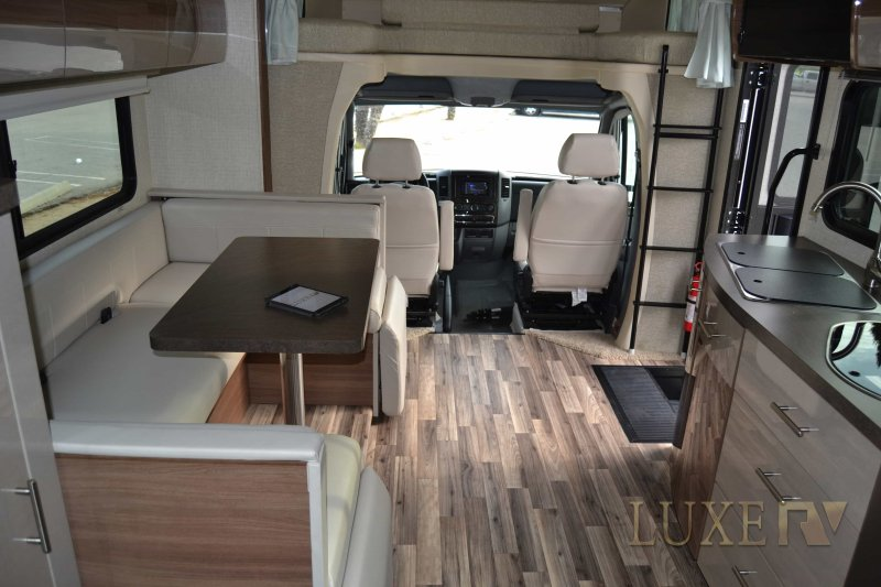 Mercedes-Benz Winnebago View 24J Luxurious Mobile Home, holiday rental in Simi Valley