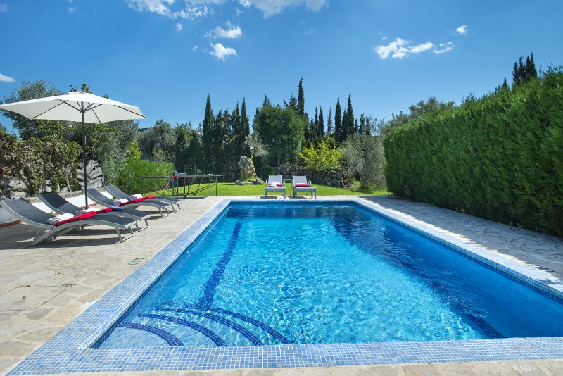 Enjoy at Villa March A Little Distance from the Old Town Chalet in Puerto Pollensa