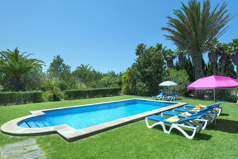 Photo of Enjoy with your family the Beautiful Private Pool of Villa Bovis
