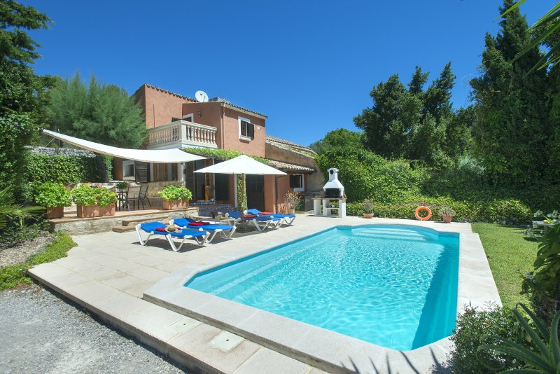 Beautiful Villa Bennasar with Private Pool and Excellent Views Chalet in Puerto Pollensa