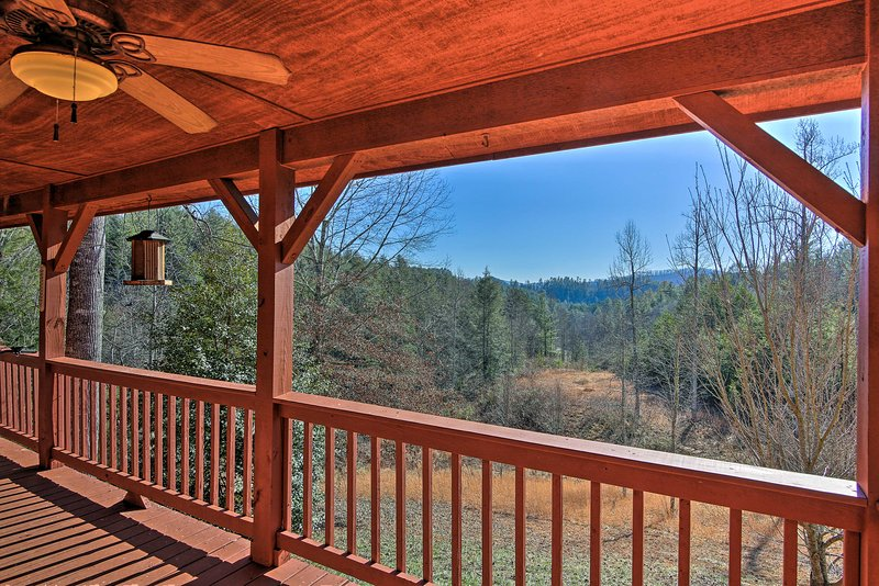 Welcome to 'A Slice of Heaven,' a vacation rental cabin in Murphy!
