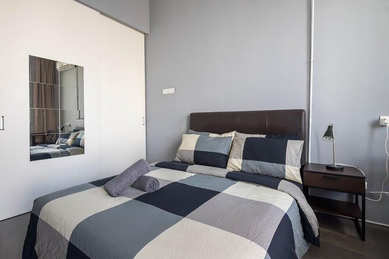 Proper Suites