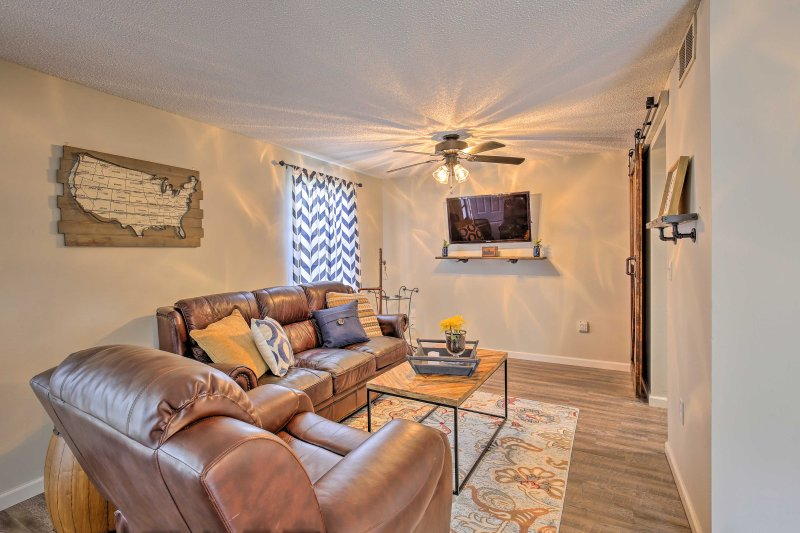 Book your next family vacation to this rustic 2-bedroom, 2-bathroom vacation rental condo!
