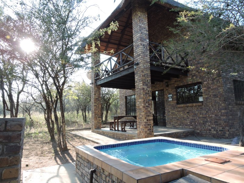 Umvangazi Rest - Enjoy a relaxing, rejuvenating and peaceful setting in the bush, holiday rental in Malelane