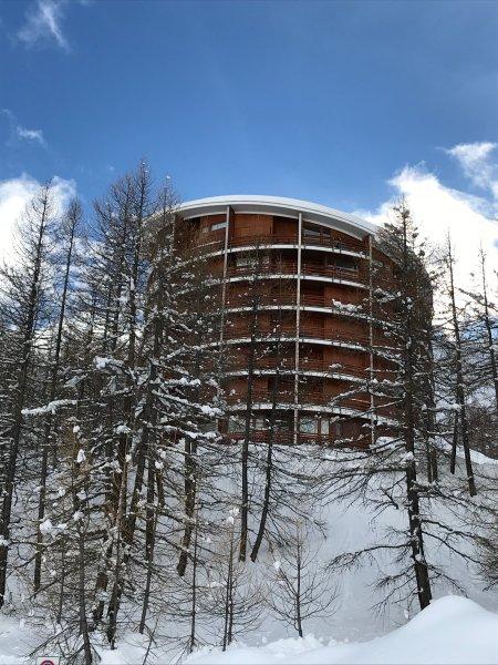 Warm And charming flat facing Matterhorn, Ferienwohnung in Valtournenche