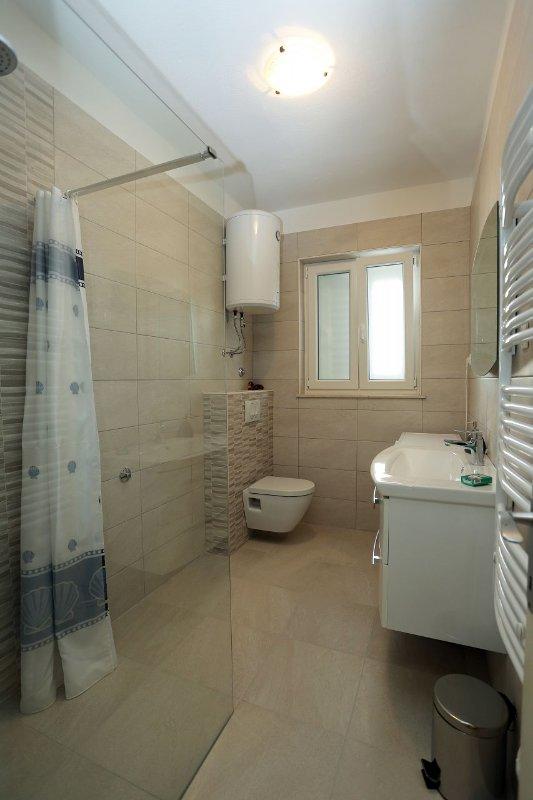 A1 (4 + 1): cuarto de baño