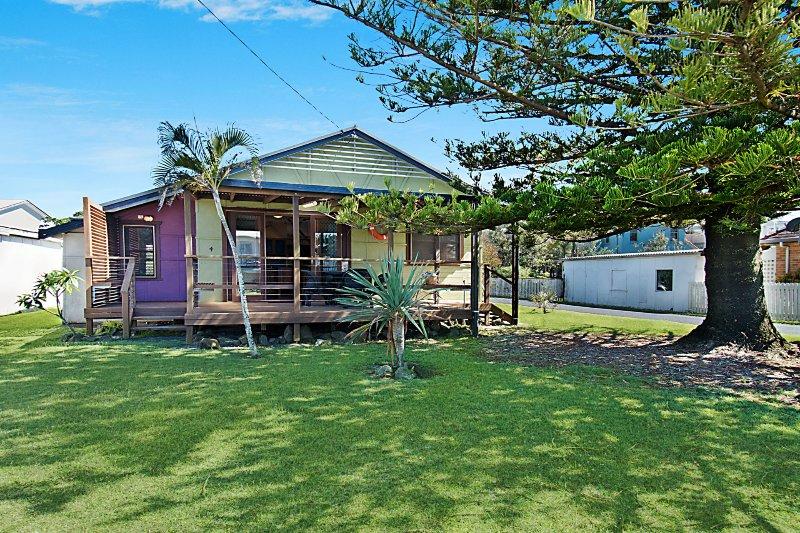Little Green Beach House - Lennox Head, holiday rental in Lennox Head