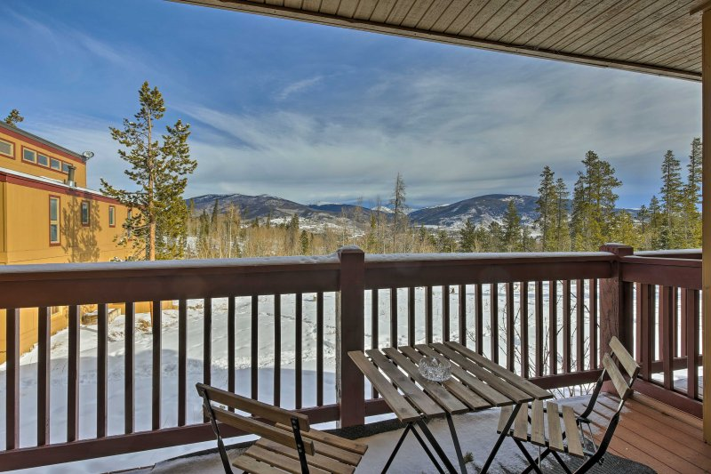 A picture-perfect Silverthorne getaway awaits!