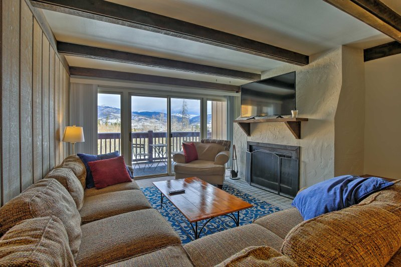 This 2-bedroom condo has beautiful mountain views and accommodates up to 10.