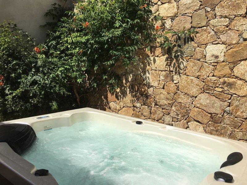 Casa Verde / Villa de 3 chambres / Jacuzzi extérieur.