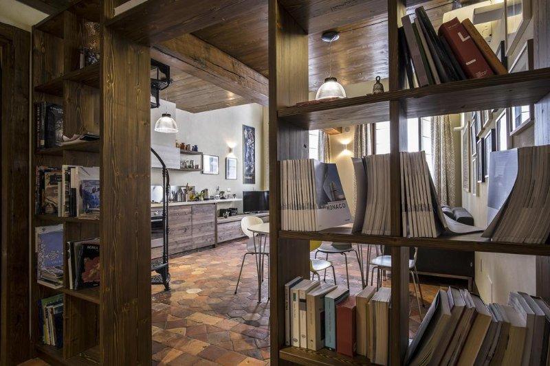 Wohnung 1 - Buchhandlung