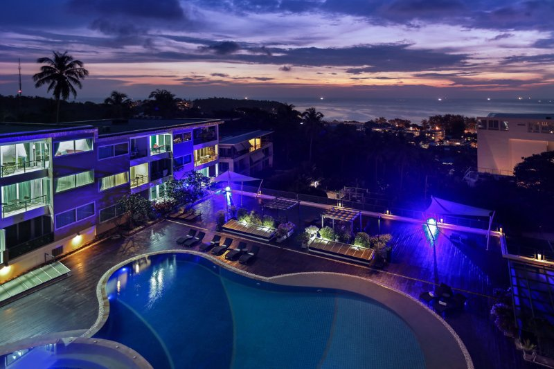 Ocean View Apartment - 1 bedroom with balcony, holiday rental in Ban Khok Chang