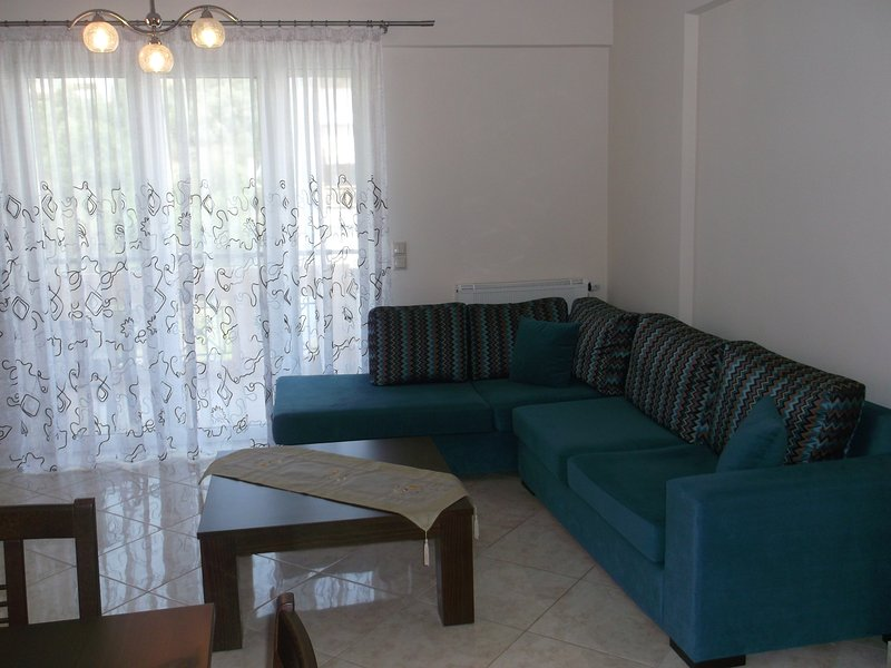 Modern-style apartment, vacation rental in Kamena Vourla
