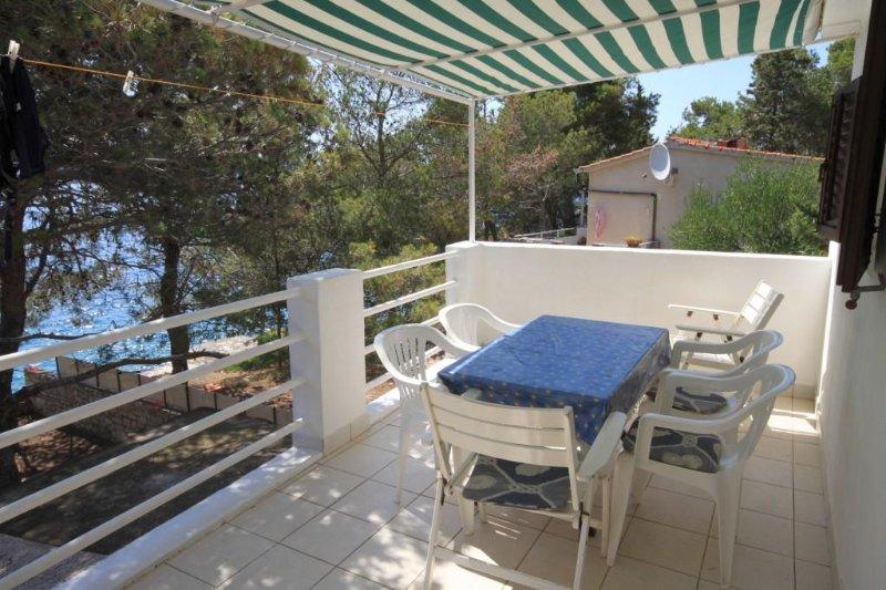 Sali Apartment Sleeps 6 - 5462078, holiday rental in Kornati Islands National Park