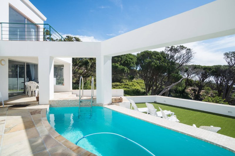 Villa Penelope at Funkey, vacation rental in Camps Bay