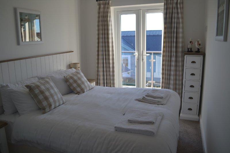 Double / Twin Bedroom