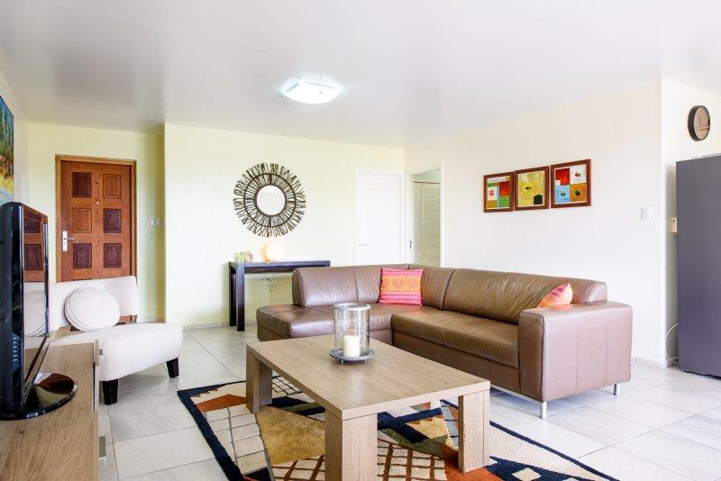 Lounge - front door