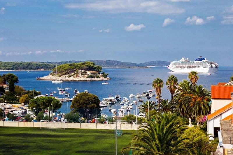 Hvar Harbor Luxury, location de vacances à Hvar Island