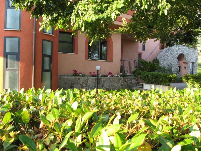 Matrimoniale, alquiler vacacional en Roccamandolfi