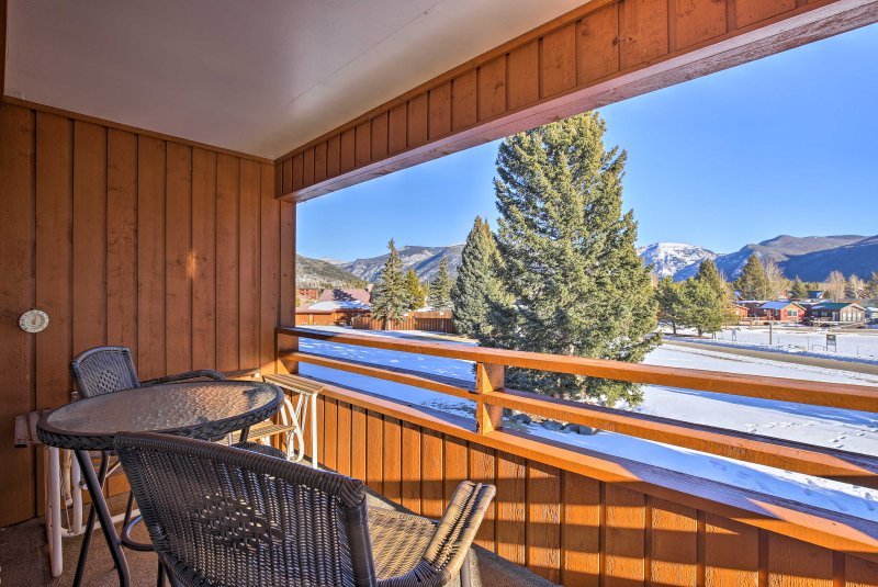 Retreat to this 2-bedroom, 2-bathroom vacation rental condo on your next trip to Grand Lake!