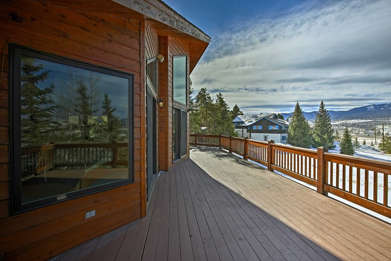 You'll be centrally located for all of your Summit County adventures.
