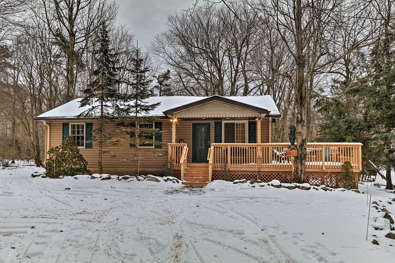 Your Lake Harmony holiday begins at this 3-bedroom, 2-bathroom vacation rental home!