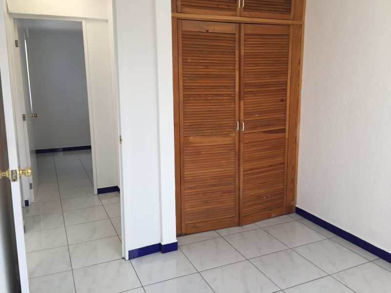 Townhome, Ciudad Judicial (next to Walmart), Puebla- just renovated, holiday rental in Cholula