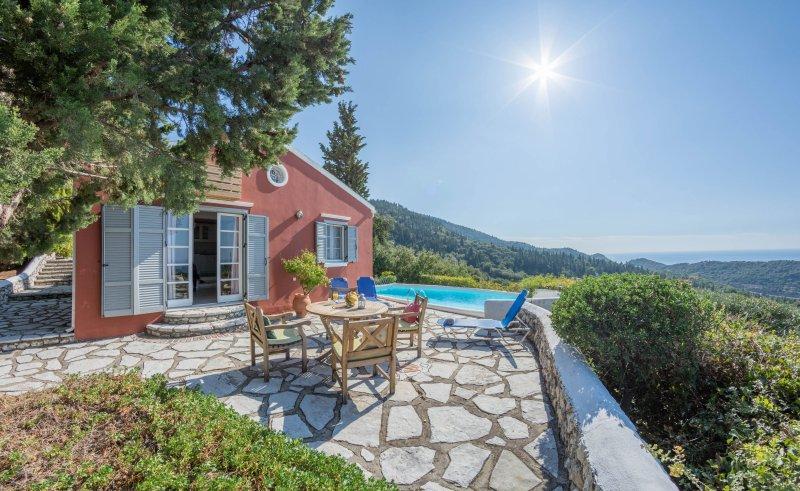 Villa com piscina privada
