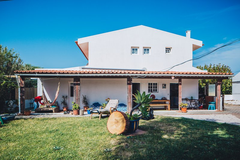 Guincho Country Surfhouse, vacation rental in Alcabideche
