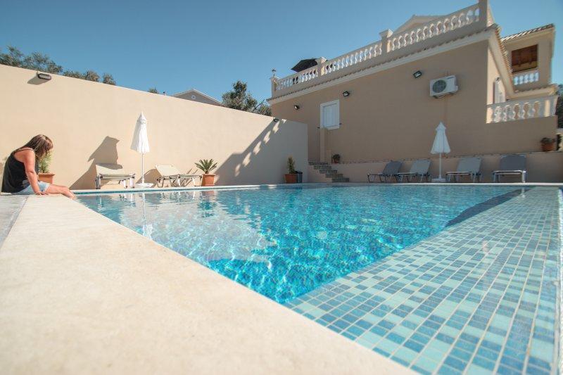 Villa Clearvue Agios Martinos, location de vacances à Acharavi