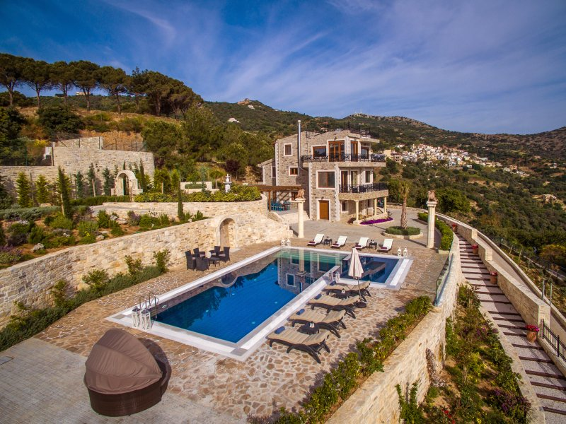 Villa Bella Mare, Wine Dark Sea Villas, holiday rental in Rodia