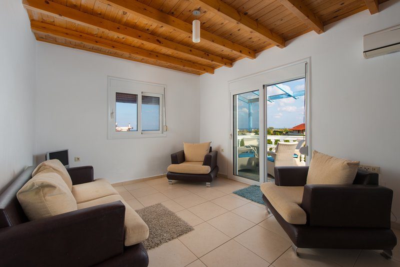 Open plan and spacious with fantastic views.