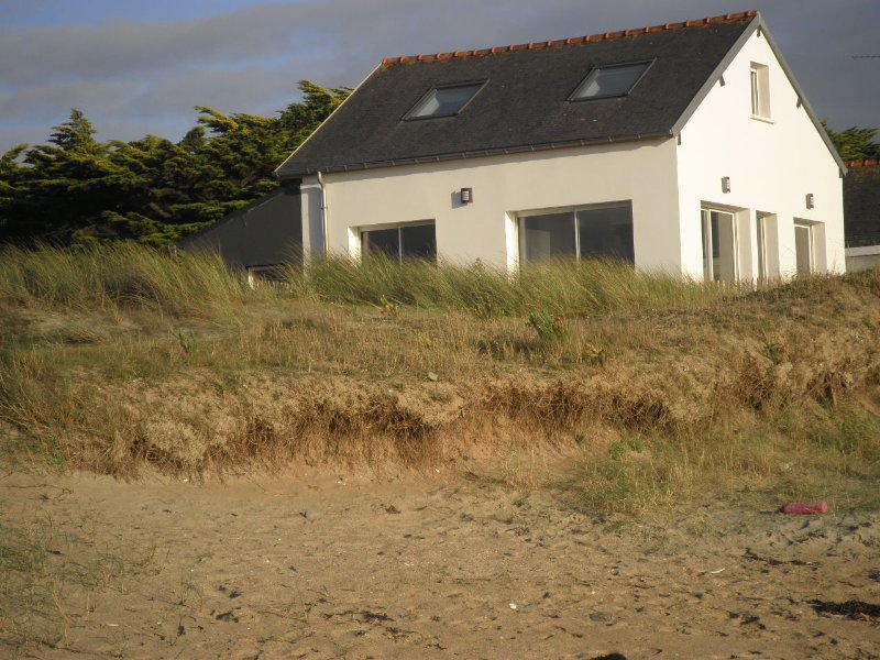 The house on the dune