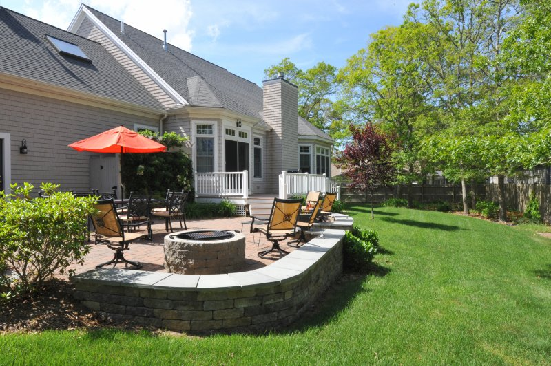 Professionally landscaped, patio furniture, grill lobster pot, fire-pit, outdoor shower