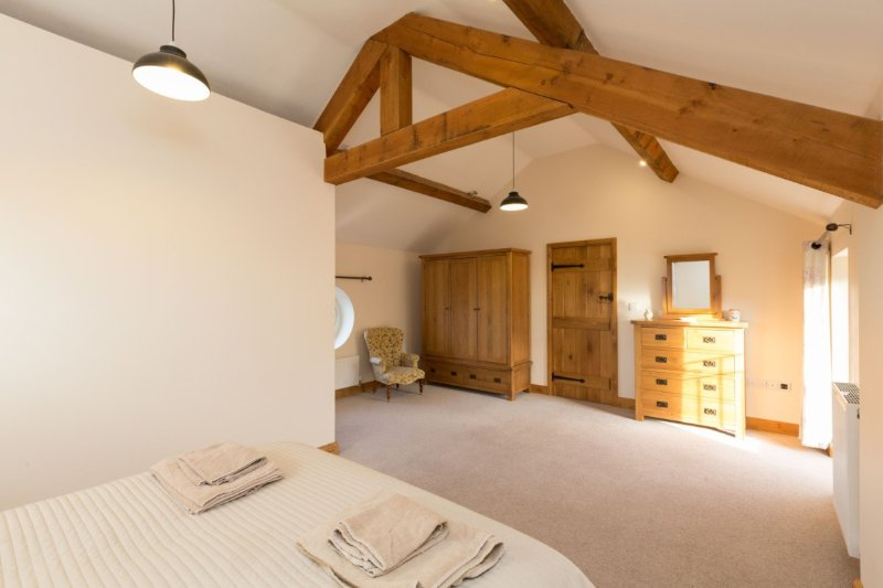 The milking parlour, holiday rental in Burlton