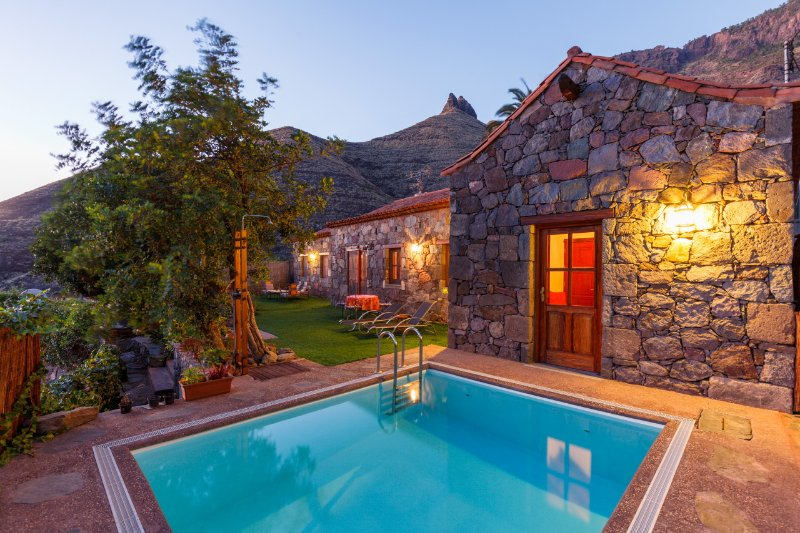 CASA TAMADABA - PRIVATE POOL, beach nearby, hiking in the nature park, holiday rental in Agaete