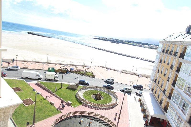FOZ 5 ALQUILER DE APARTAMENTO DUPLEX CON VISTAS A LA PLAYA DE LA RAPADOIRA, alquiler de vacaciones en Provincia de Lugo
