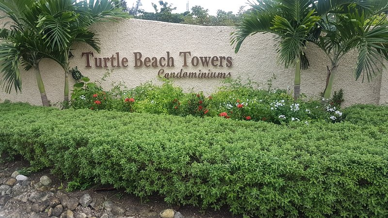 Turtle Beach Towers, One Bedroom Apartment, Ocho Rios. – semesterbostad i Ocho Rios