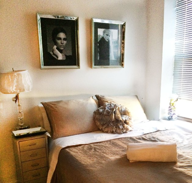 Chambre avec lit queen