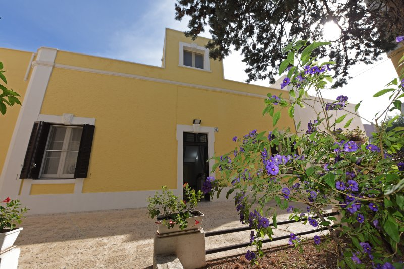 Appart. per vacanze 'Villa Ricciardi'-zona Ostuni, aluguéis de temporada em Fasano